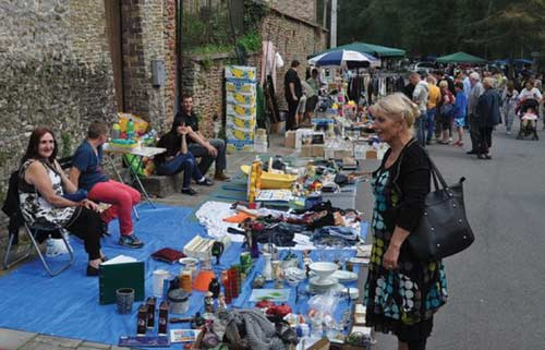 Artisanat et brocante à Bonsecours (avril-juin)